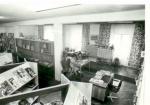 Czytelnia Oddziału dla Czytelników Dorosłych w 1984 r.